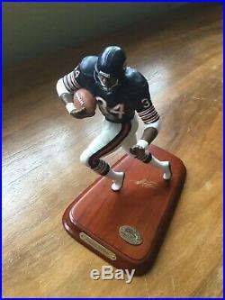 WALTER PAYTON Chicago Bears All-Star DANBURY MINT Football Figurine Statue Base
